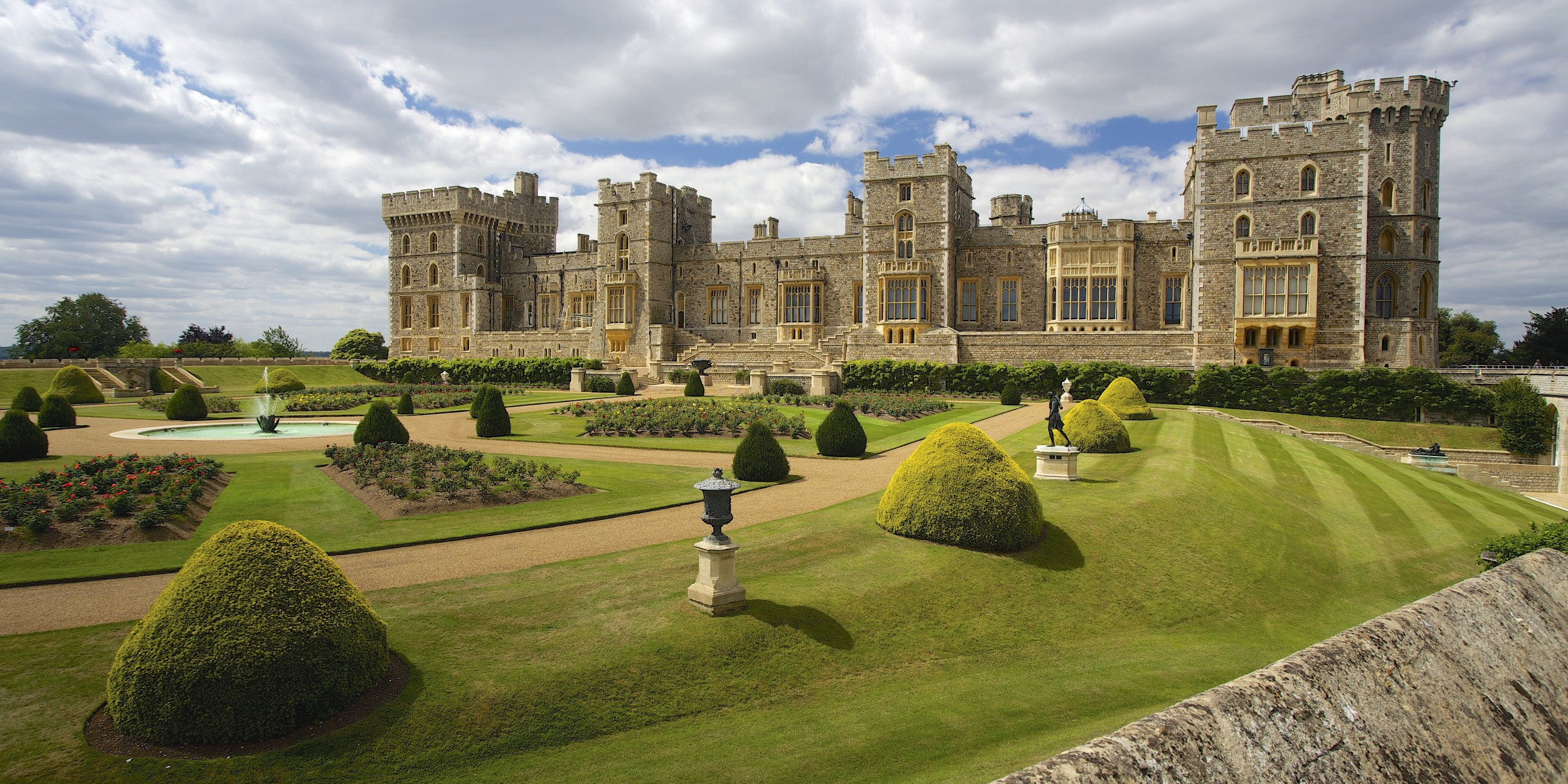 windsor castle Get directions, maps, and traffic for windsor castle, pa check flight prices and hotel availability for your visit.
